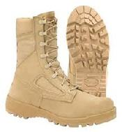 belleville boots mil-spec military issue desert boot combat boot USA America Vibram sole